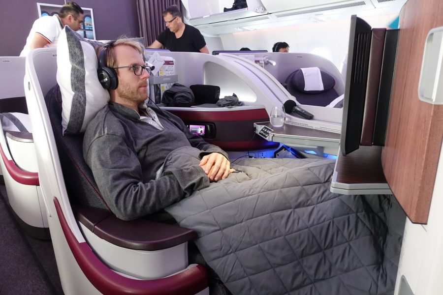 qatar_airways_a350_business_class_test_worldtravlr_net-25