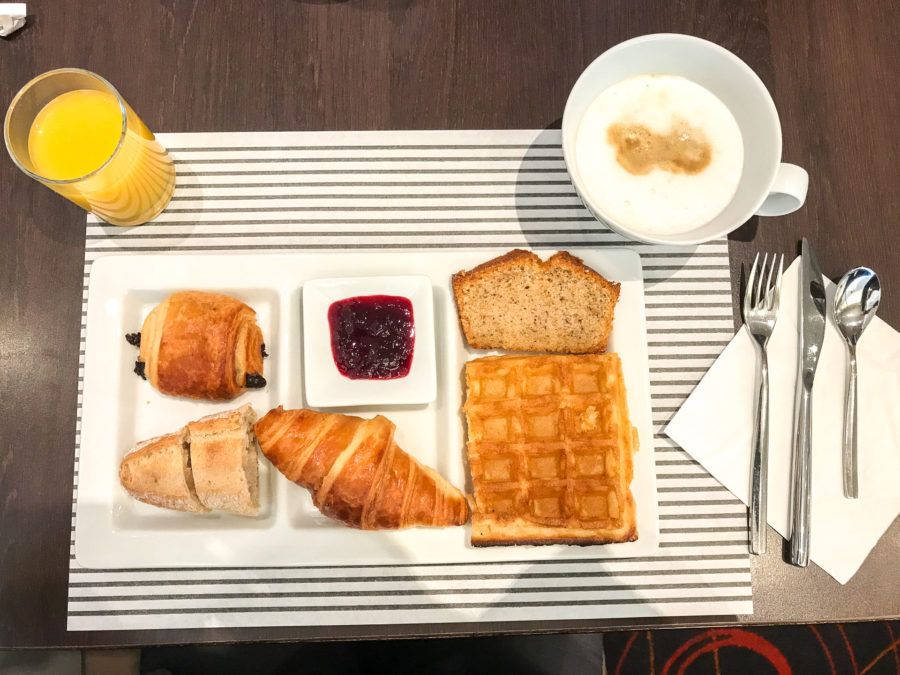 Novotel Paris - La Défense - Frühstück